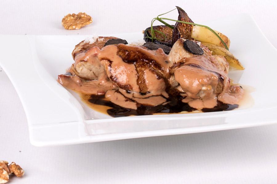 Solomillo de cerdo con salsa de trufa